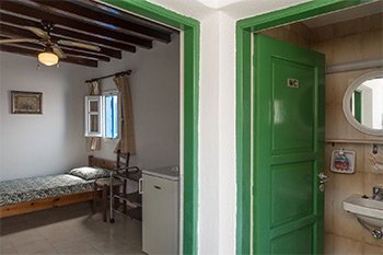 Panorama | Rooms to Let Folegandros | Interior View